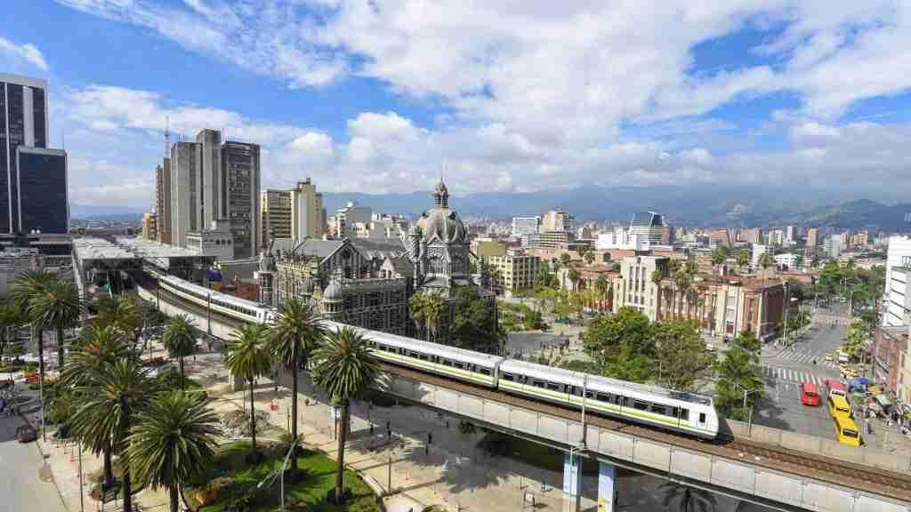 ContactPoint 360 Medellín